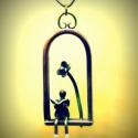"""Olvasó angyal, Ékszer, Medál, A medál egy angyalkát, vagy """"manót"""" ábrázol, amint egy virág alatt ülve békésen olvasgat. B..., Meska"""