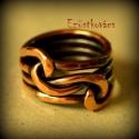 Összefonódott gyűrű, Ékszer, Gyűrű, A kovácsolt gyűrűk a maguk egyszerűségében is talán a legbeszédesebb ékszereim. A férfi és a nő össz..., Meska