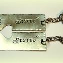 Kulcstartó testvéreknek, Férfiaknak, Ékszer, Medál, Ékszer, kiegészítő,  Egy kis apróság...az egyik fele nálad, a másik fele nála. Az ár egy párra vonatkozik. Kérhe..., Meska