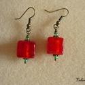 Piros üvegkocka zöld gyönggyel (fülbevaló) - Nikkelmentes!, Narancspiros színű fóliás üvegkocka. 1x1x1 cm...