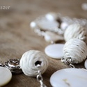 Fehér Gyöngyház szett a Teljesség üzenetével, Ezt a finom fehér színű gyöngyház szettet egy...