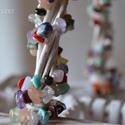 Színes egyéniség nyaklánc amely karkötőként is hordható, Olyan ez a nyaklánc, mint egy tarka rét, amely t...