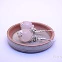 Rózsagömb fülbevaló, Ékszer, óra, Fülbevaló, 12 mm-es gyönyörű rózsakvarc gyöngyökből ezüst színű díszítésekkel készült fülbevaló 925-ös ezüst ak..., Meska
