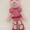 Cica kislány- horgolt figura, Baba-mama-gyerek, Játék, Plüssállat, rongyjáték, Hímzés, Horgolás, Egyedi, kézi hímzéssel díszített cica balerina. A cipő levehető. Magassága 38 cm. Antik rózsaszín é..., Meska