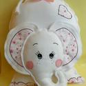 Fehér Elefánt -rózsákkal - párna, Baba-mama-gyerek, Játék, Gyerekszoba, Plüssállat, rongyjáték, Elefánt szerető kislányoknak, kedves ajándék lehet ez az elefánt párna. Párna és játék egyben. Kézze..., Meska