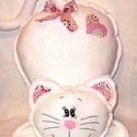 Cica -pink  mandalás mintával - párna, Baba-mama-gyerek, Otthon, lakberendezés, Gyerekszoba, Lakástextil, Kézi hímzéssel, tört fehér polár anyagból készítettem ezt a cica párnát.Mandala mintás pamutvászon a..., Meska