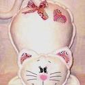 Fehér Cica lány - párna -pink  mandalás mintával - párna, Gyerek & játék, Otthon & lakás, Lakberendezés, Lakástextil, Varrás, Hímzés, Kézi hímzéssel, tört fehér polár anyagból készítettem ezt a cica párnát. Mandala mintás pamutvászon..., Meska