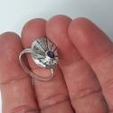ametiszt gyűrű, Ékszer, Gyűrű, Ékszerkészítés, Ötvös, Sterling ezüstből készített, egyedi tervezésű, kézműves gyűrű. Ovál fazettált ametiszt ékesíti. A g..., Meska