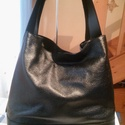 Ében fekete női táska, Táska, Válltáska, oldaltáska, Pakolós Ében fekete női táskt egy puha marha borjú box bőrből készítettem.Jellegzetesége hogy hordha..., Meska