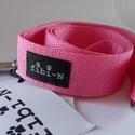 fibi-N póráz alapszínű (rózsaszín), Állatfelszerelések, Varrás, Póráz szélessége: 3 cm mérete: 120 cm Végén karikával, hogy átcsatolhasd magadon!  Minőségi kutyany..., Meska