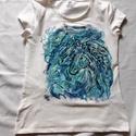 Száguldás  kézzel festett egyedi póló rendelő által biztosított darabra, Ruha, divat, cipő, Gyerekruha, Kamasz (10-14 év), Festészet, Festett tárgyak, A FESTÉSRE SZÁNT PÓLÓKAT RENDELŐIM BIZTOSÍTJÁK, AZ ÁR CSAK A FESTÉSRE VONATKOZIK!Paripák , csodálat..., Meska