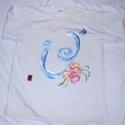 Ó betű  ABC monogramos kézzel festett póló rendeló által biztosított darabra, Ruha, divat, cipő, Gyerekruha, Kamasz (10-14 év), Baba (0-1év), Festészet, Festett tárgyak,  Egyedi kézi festésű póló rendelő által biztosított darabra. Ó betű a következő csodás  hangzatú, é..., Meska