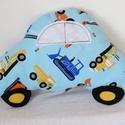 Autó formájú párna munkagépes mintával - Autós díszpárna - Textil játék - Textil figura, Baba-mama-gyerek, Otthon, lakberendezés, Lakástextil, Párna, Varrás, Puha, ölelgetni való párnát készítettem babáknak, gyerekeknek. Munkagépes pamutvászon anyagból kész..., Meska