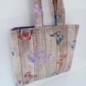 Pillangó mintás válltáska - Pillangós kézitáska - Pillangós textil táska - Pillangós bevásárló táska - lepke mintás, Táska, Válltáska, oldaltáska, Tarisznya, Szatyor, Erős pillangós szövet anyagból készült a táska külső része, belseje lila pamutvászon. Táskamerevítőv..., Meska