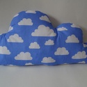 Felhő párna - Felhő alakú párna - Felhő mintás - Felhő formájú párna - Kék / fehér felhő, Otthon, lakberendezés, Baba-mama-gyerek, Lakástextil, Párna, Pamutvászon anyagból készült ez a felhő párna. Puha poliészterrel lett kitömve, mely nem csomósodik,..., Meska