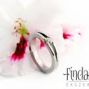 Nemesacél jegygyűrű cirkóniával, Esküvő, Ékszer, óra, Esküvői ékszer, Gyűrű, Nemesacél gyűrű fehér cirkóniával. A gyűrűben a követ klasszikus négykarmos foglalat tartja. Az anya..., Meska