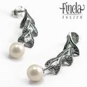 Vintage ezüst fülbevaló fehér gyönggyel, Esküvő, Esküvői ékszer, Vintage antikolt ezüst fülbevaló fehér gyönggyel, elegáns esküvői ékszer.  Ezt a fülbevalót egy 1950..., Meska