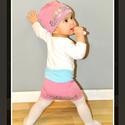 Fiorella kifordítható gyerek DERÉKMELEGÍTŐ pink-szürke/ ezüst cicás, Táska, Divat & Szépség, Ruha, divat, Sál, sapka, kesztyű, Sapka, Kézzel festett egyedi tervezésű derékmelegítő, fiorella stílusban a mindennapokra gyerekeknek. Dupla..., Meska