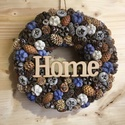 Égszínkék, Dekoráció, Otthon, lakberendezés, Ajtódísz, kopogtató, Virágkötés,  Ez a 25 cm-es koszorú mohával bevont szalma alapra készült, melyet fehér, kék és barna színű szárí..., Meska