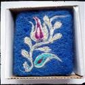 Kék tulipános nemezelt szappan, Magyar motívumokkal, Szépségápolás, Szappan, tisztálkodószer, Natúrszappan, Nemezelés, Szappankészítés,  A FITO egy valódi,főzéses eljárással készült szappan. A termékcsaládból a levendulásat választotta..., Meska
