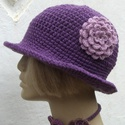 Horgolt kalap, Vastag akril fonalból készült, így tartja a fo...