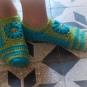 Virágos Zokmusz - Horgolt szobazokni-mamusz, A zokmusz  olyan vékony, mint egy meleg zokni, de...