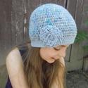 Kék Pille - Horgolt sapka, Egy színátmenetes zoknikötő fonal és vékony ...