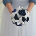 Kék-fehér menyasszonyi csokor, Esküvő, Esküvői csokor, Mindenmás, Varrás, Ha szeretnéd emlékbe eltenni a menyasszonyi csokrod válassz örökcsokrot. :)   Gyönyörű tengerkék és..., Meska