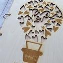 Esküvői vendégkönyv gravírozott fa fedlappal, Esküvő, Esküvői dekoráció, Meghívó, ültetőkártya, köszönőajándék, Szerelmes hőlégballon motívummal gravírozott és áttört mintájú esküvői vendégkönyv, melybe biztosan ..., Meska
