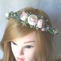Minimal virágkoszorú, fejdísz , A hamvas színű levendula szerű művirág végig...