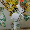 Zöldellő tojásfa - 10 darabos szett , Dekoráció, Otthon, lakberendezés, Húsvéti apróságok, Ünnepi dekoráció, Zöld árnyalatú textilekből készítettem ezt a 10 darabból álló szettet.  A húsvéti dekoráció fontos e..., Meska