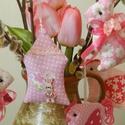Rózsavíz tojásfa - 10 darabos szett , Dekoráció, Otthon, lakberendezés, Húsvéti apróságok, Ünnepi dekoráció, Rózsaszín árnyalatú textilekből készítettem ezt a 10 darabból álló szettet.  A húsvéti dekoráció fon..., Meska
