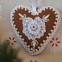 Karácsonyi szív, Otthon, lakberendezés, Filcből készítettem ezt a karácsonyi dekorációt. Aprólékos kidolgozás, minőségi anyag felhasználás j..., Meska