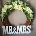 Esküvői dekoráció , Dekoráció, Esküvő, Ünnepi dekoráció, Esküvői dekoráció, Virágkötés, Eladó a képen látható vessző alapra készült, művirágokkal díszített koszorú.  Külső átmérője 55cm, ..., Meska