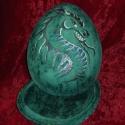 Sárkány tojás kerámia doboz, Ez a tojás alakú doboz sárkányimádóknak kés...