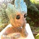 Baby Groot virágtartó/kaspó, Otthon, lakberendezés, Kaspó, virágtartó, váza, korsó, cserép, Baby Groot a Galaxis őrzői közül a leghelyesebb figura! Teljesen egyedi, kézzel formált szobrocska, ..., Meska