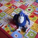 Szegény Gombóc Artúr!...Tarka-barka játszószőnyeg ajándék textil csörgős babakockával