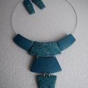 Kék nyakék szett, Ékszer, Ékszerszett, Ékszerkészítés, Gyurma, Gyöngyház, rózsaszín és több fajta kék színű süthető gyurmából készítettem el ezt a szettet. A mint..., Meska
