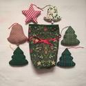Karácsonyi dísz szett II., Dekoráció, Karácsonyi, adventi apróságok, Ünnepi dekoráció, Karácsonyi dekoráció, Karácsonyfadísz, Varrás, Patchwork, foltvarrás, Karácsonyi mintás pamutvászon anyagokból készítettem ezeket a díszeket. Lakásdekoráláshoz, fenyődís..., Meska