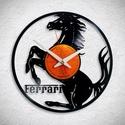 Ferrari logo - Bakelit falióra, Ékszer, óra, Otthon, lakberendezés, Karóra, óra, Falióra, Újrahasznosított alapanyagból készült termékek, Egyedi tervezésű bakelit falióra. Csendes óraszerkezet kúszó másodpercmutatóval, 1 év garancia az ó..., Meska
