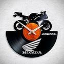 Honda CBR motor - Bakelit falióra, Ékszer, Otthon, lakberendezés, Karóra, óra, Falióra, óra, Egyedi tervezésű bakelit falióra. Csendes óraszerkezet kúszó másodpercmutatóval, 1 év garan..., Meska