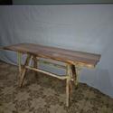 Görbefa,rusztikus,egyedi dohányzó asztalka., Bútor, Asztal, Famegmunkálás, Festett tárgyak, 110cm x 40 cm-es tölgyfa lapfelületü. 50cm magas. 5cm vastag akácfa lábakkal es 3 cm vastag akác ös..., Meska