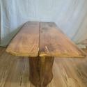 Egyedi tölgyfa dohányzó asztal rusztikus kivitelben., Bútor, Otthon, lakberendezés, Asztal, Fémmegmunkálás, Famegmunkálás, Tölgyfa dohanyzó asztal. Rusztikus kivitel 110cm hosszu 48cm széles 48 cm magas csiszolt,lakkozott...., Meska