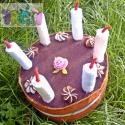 filc torta, Baba-mama-gyerek, Dekoráció, Játék, Baba, babaház, Hímzés, Varrás, Ez a filc torta 20cm átmérőjű,nem lehet szeletekre szedni. 10 cm magas, a gyertyákkal együtt 17 cm ..., Meska