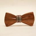 Csokornyakkendő tömör diófából (őszi színes, mintás anyaggal), Esküvő, Férfiaknak, Táska, Divat & Szépség, Vőlegényes, Tömör diófa csokornyakkendő, közepén őszi színes anyaggal díszítve. Igazán sajátos kiegészítő a diva..., Meska