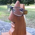 Szemüvegtartó cseresznyefából, Otthon, lakberendezés, Dekoráció, Tárolóeszköz, Famegmunkálás, Kié a szemüveg? Az enyém vagy az övé? Tesszük fel a kérdést ezen használati tárgy láttán.  Minden s..., Meska
