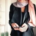 Szürkés rózsaszín kendő, Ruha, divat, cipő, Kendő, sál, sapka, kesztyű, Kendő, Sál, Kézzel festett selyemkendő  Bőrbarát alapanyagok - 100% hernyóselyem | Ponge 8 (vastagabb selye..., Meska