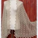 Sandra stóla, Ruha, divat, cipő, Női ruha, Estélyi ruha, Haapsalu sall - így hívják észt nyelven ezt a habkönnyű vállkendőt. Több mint 100 éves hagyománya va..., Meska