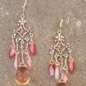 Rózsaszín/ezüst színű fülbevaló, Ékszer, óra, Fülbevaló, Rózsaszín cseh préselt szirmokkal és apró swarovski gyöngyökkel díszített antik ezüst színű fülbeval..., Meska