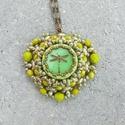 Zöld szitakötős nyaklánc, Ékszer, óra, Nyaklánc, Minőségi üveggyöngyökből készített nyaklánc.  Hossza állítható, Meska